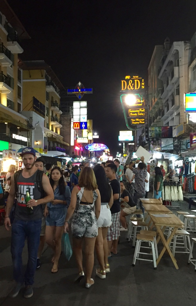 Thank you to Mr. Vietnam tank top for perfectly demonstrating your average Khao San Road troll